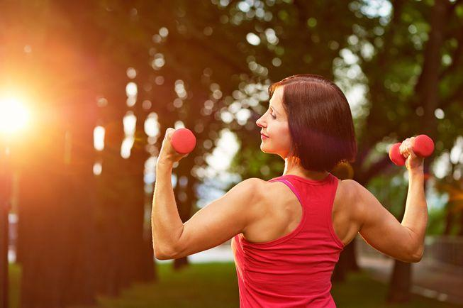 The Benefits Of Lifting Weights After Age Forty